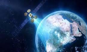 مصر تطلق القمر الصناعي طيبة 1 من فرنسا